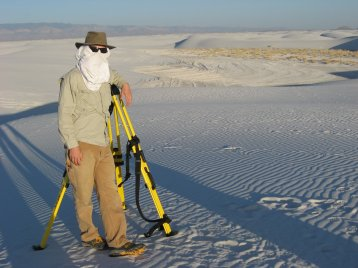 Sun protection is important in a gypsum dune field!